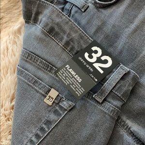 Size 32 skinny ankle Joe's Jeans